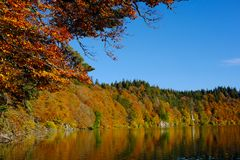 Lake with Automn colors Stock Images