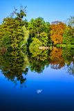The lake in autum Royalty Free Stock Photos