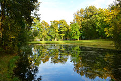 Lake in autumn park Royalty Free Stock Photography