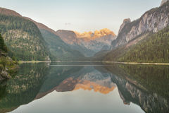 Lake with a beautiful mountain reflection Royalty Free Stock Photos