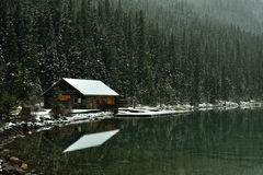 Lake and Cabin Royalty Free Stock Images