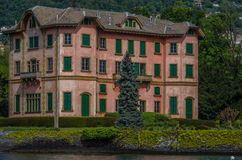 Lake Como 39. Lake Como has beautiful housing and estates surrounded by lush forrest and mountains Royalty Free Stock Photography