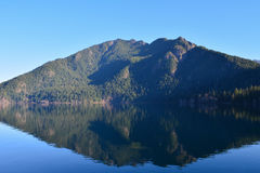 Lake Crescent reflection Royalty Free Stock Photos