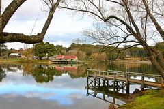 Lake daylesford Jetty and Boathouse Royalty Free Stock Images