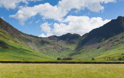 Lake District mountain view from Buttermere of Haystacks and Fleetwood Pike Stock Photo