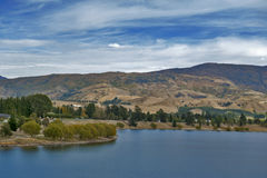 Lake Dunstan in the township of Cromwell, Central Otago, New Zealand.  Royalty Free Stock Photos
