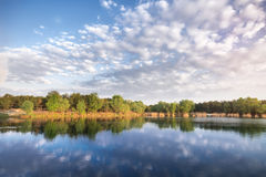 Lake early in the morning Royalty Free Stock Photos