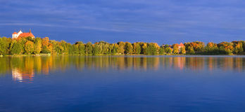 Lake and fall forest Royalty Free Stock Images