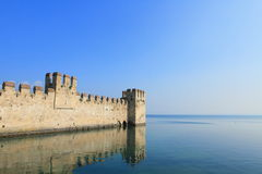 Lake Garda and castle Scaligero Royalty Free Stock Photos