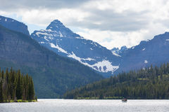 Lake in glacier national park Royalty Free Stock Photo