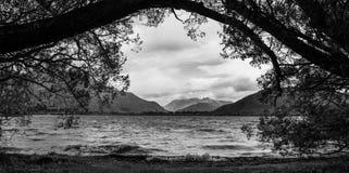 Lake Hayes, Otago som är nyazeeländsk fotografering för bildbyråer