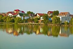 Lake houses Royalty Free Stock Photos