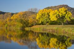 Lake i höst Royaltyfria Bilder