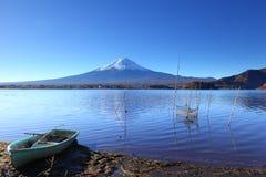 Lake kawaguchi and Fujisan Royalty Free Stock Images