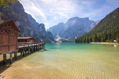 Lake Lago di Braies,意大利 库存照片