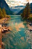 Lake Louise в национальном парке Banff Альберте Канаде Стоковое Изображение RF