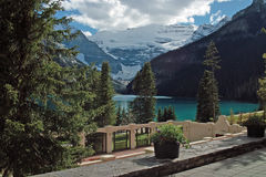 Lake Louise Banff nationalpark, Alberta, Kanada. Royaltyfri Fotografi