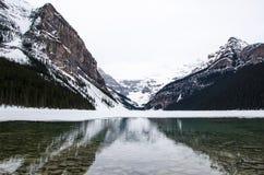 Lake Louise dans la saison d'hiver photographie stock
