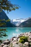 Lake Louise e ghiacciaio Fotografia Stock Libera da Diritti