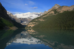 Lake Louise Early Morning Royalty Free Stock Images