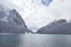 Lake Louise en el parque nacional de Banff Imagen de archivo