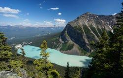 Lake Louise en el parque nacional de Banff Imagenes de archivo