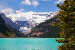 Lake Louise i den Banff nationalparken, Alberta, Kanada arkivfoton