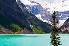 Lake Louise i den Banff nationalparken, Alberta, Kanada royaltyfria bilder