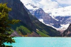 Lake Louise i den Banff nationalparken, Alberta, Kanada royaltyfria foton