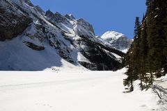 Lake Louise im winer Stockfoto