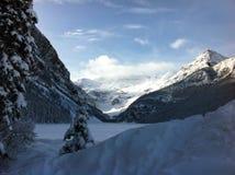 Lake Louise på den Banff nationalparken Royaltyfria Foton