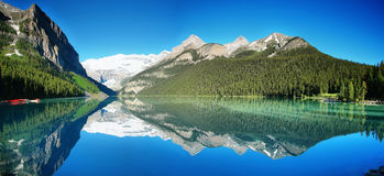 Lake Louise panorama Royalty Free Stock Images