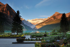 Lake Louise, stationnement national de Banff Photos stock