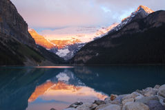 Lake louise at sunrise Stock Images