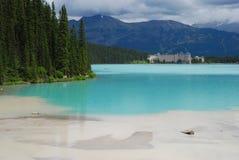 Lake Louise vor dem Regen Stockfoto