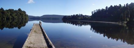 Lake Mapourika Arkivfoton