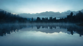 Lake matheson at dawn Royalty Free Stock Images