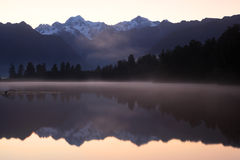 Lake Matheson sunrise, New Zealand Stock Photography