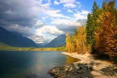 lake mcdonald arkivbilder