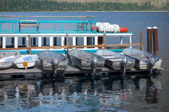 LAKE MCDONALD, MONTANA/USA - SEPTEMBER 21 :Boats on a jetty in L Stock Images