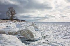 Lake Michigan, бечевник, зима, лед стоковые фото