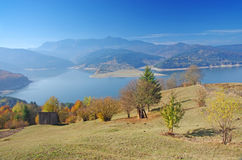 Lake and mountain in autumn Royalty Free Stock Photos