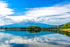 Lake and mountain Royalty Free Stock Photography