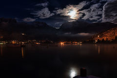 Lake and mountain night Royalty Free Stock Photography