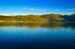 Lake and mountains landscape Royalty Free Stock Photos