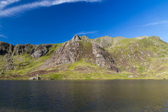 Lake and mountains, Llyn Idwal and the Devil's Kitchen. Stock Photos