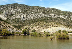 Lake in the mountains of the Pyrenees Royalty Free Stock Photos