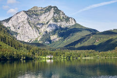 Lake and mountains at the Vorderer Langbathsee in Salzkammergut, Royalty Free Stock Photography