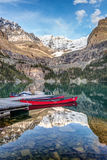 Lake O`Hara  red Canoes Royalty Free Stock Photos