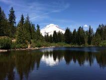 Lake in Oregon. Beautiful lake reflecting nature around it in Oregon, USA Stock Photos
